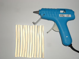 Sparset VBS Heißklebepistole, 20 Watt inkl. 2 Klebesticks + 10 Stück