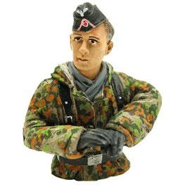 Torro 1/16 Halbfigur Panzerfahrer Sommertarn