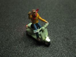 Motorroller Roller mit LED Beleuchtung H0 - winkend