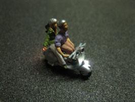 Motorroller Roller mit LED Beleuchtung H0 - Pärchen