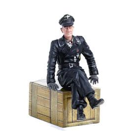 Torro 1/16 Figur Hauptmann Michael Wittmann sitzend