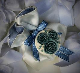 """Medaglione """"Rose"""" su fiocco"""