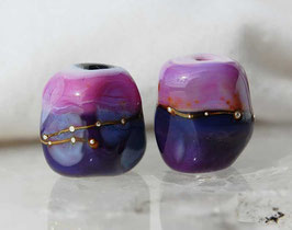 1 Pair Radiant Orchid -n- Purple Rose Nuggets