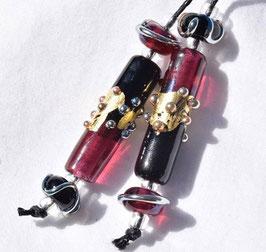 *Rubino Red & Black* 4 Matching Beads