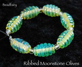 7 Ribbed Moonstone Olives