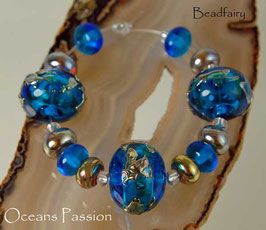 Oceans Passion  - 13 Beads Hollow Set in Aqua Blue and Gold