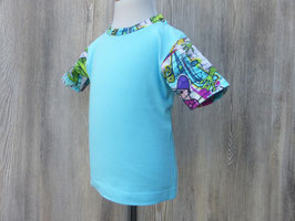 Kurzarmshirt aus Graffitijersey, T-Shirt im Graffitilook, türkisfarbenes Baumwollshirt, Babyshirt mit Druckknopf,  Gr 56 - Gr 110