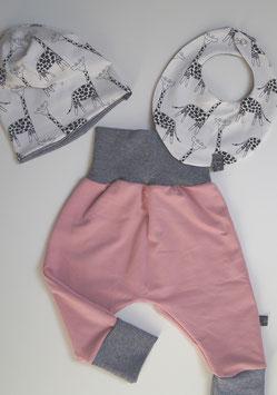Set aus Pumphose Gr. 74 und passendem Halstuch mit Beanie (Unikat)