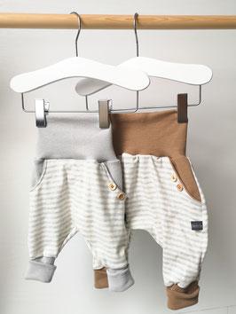 Hose mit Taschen - Zarte Streifen