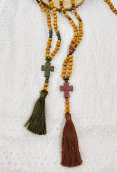 Sautoirs perles bois et croix