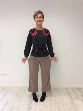 Schnittmuster 'Weite gerade geschnittene Hose'