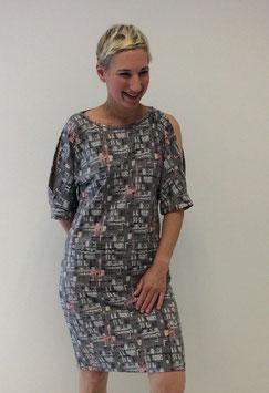 Schnittmuster 'Kleid mit offenen Ärmeln'