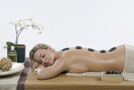 Hot Stone Rückenmassage