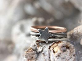 Dreiteiliges Ringset mit Stern aus 925 Silber und 333 Rotgold