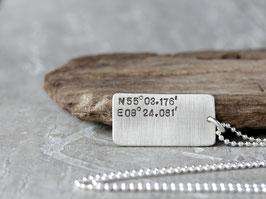 Anhänger mit Koordinaten, Kugelkette aus 925 Silber, Anhänger mit Gravur, Halskette