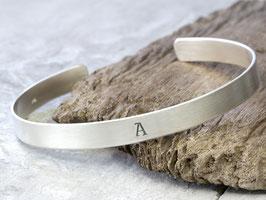 Armreif Buchstabe 925 Silber, personalisiert