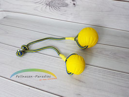 Swing & Fling DuraFoam Fetch Ball - mit Schnur