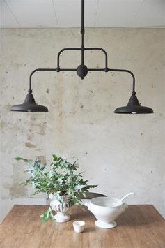 lampada a sospensione in metallo anticato