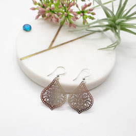 Ohrringe Metalltropfen silbern