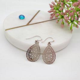 Ohrringe kleine Metalltropfen silber