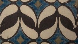 Papillon aux ailes grèges et anthracite