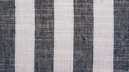 Tissu handloom aux bandes anthracite