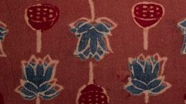 Fleurs de lotus rouge indigo