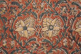 A Nappe kalamkari aux fleurs enlacées (1)
