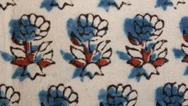 Petite fleur indigo à six feuilles