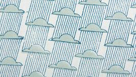 Nuages de pluie bleutée