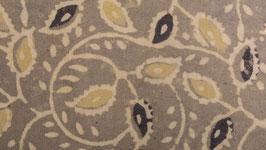 A. Feuillage fleuri jaune et anthracite