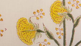 A. Fleurs aériennes jaune soleil