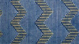 Zigzags jaunes et rayures bleu marine