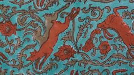 Élans ou animaux mythiques bruns et roux