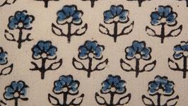 Fleurs lilliputiennes indigo
