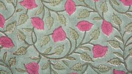 Fleurs clochettes couleur framboise