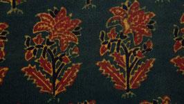 Grandes fleurs ocre rouge
