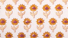 Prairie de fleurs dorées
