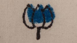 Simple bouton floral indigo