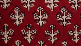 Fleurs sur un rouge alizarine