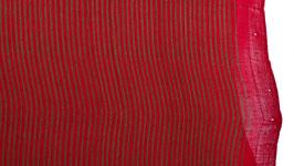 Tissu aux rayures rouges