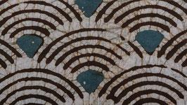 A. Batik aux plumes de paon stylisées (2)