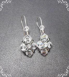 Rautenohrhänger aus Swarovski® Glasschliffperlen