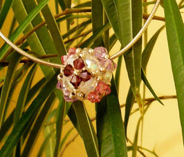 romantische Kugel aus Swarovski Glasschliffperlen