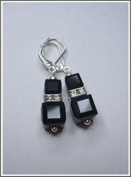 Ohrringe aus Swarovski® Kristallwürfeln