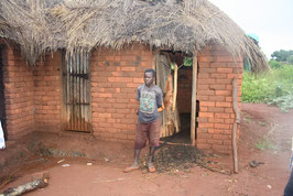 2013 Schulgeld für ein Waisenkind aus Msindo