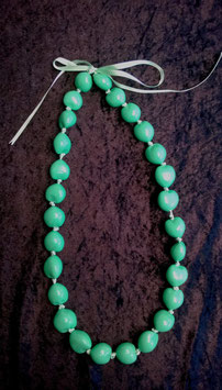 Kukuinusskette farbig grün, lang (Nr. 2010)