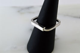 BAGUE CARREE / SQUARE RING