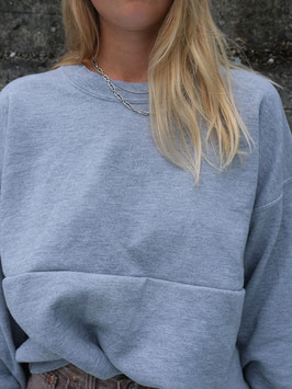 embroidered fyt sweater grey cropped