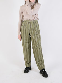 striped trousers green